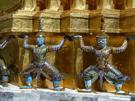 27. Figuri mitice thailandeze.JPG
