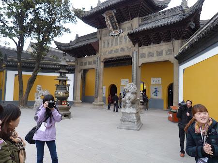 11. Templul Jinshan.JPG