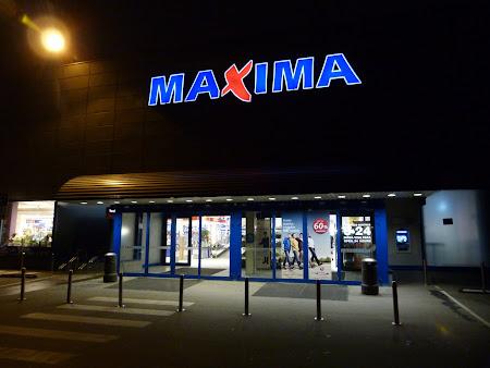Shopping Lituania Vilnius - hypermarket Maxima