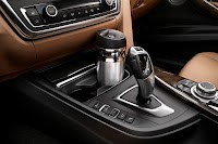 New BMW 3 Series: Cupholder (10/2011)