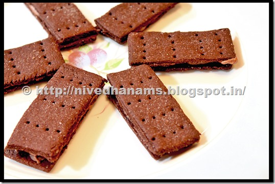Chocolate Bourbon Biscuit - IMG_3374