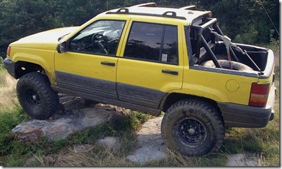 131_0505_01z 1996_Jeep_Grand_Cherokee_Laredo Driver_Side_View_Roof_Chopped_Off
