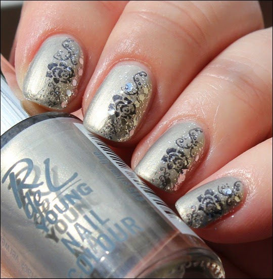 Elegant Grey Nageldesign Nail Art Rose Glitter 5