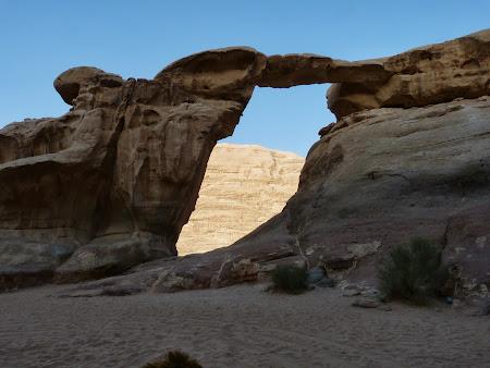 Podul de piatra din Wadi Rum