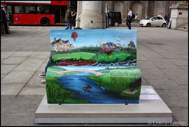 The Wind in the Willows book bench