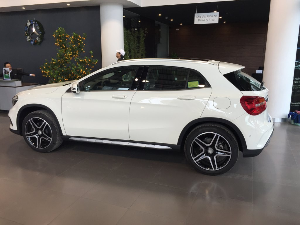 Xe Mercedes Benz GLA250 4Matic 05