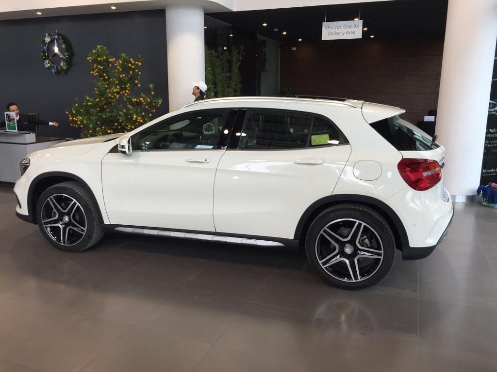 Giá Xe Mercedes Benz GLA250 f