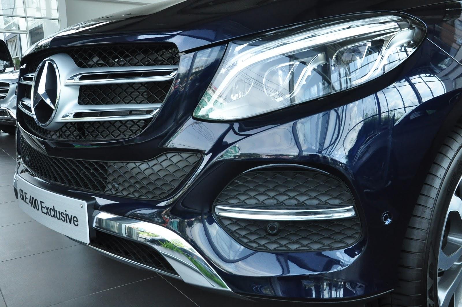 Xe Mercedes GLE 400 Exclusive màu xanh 02