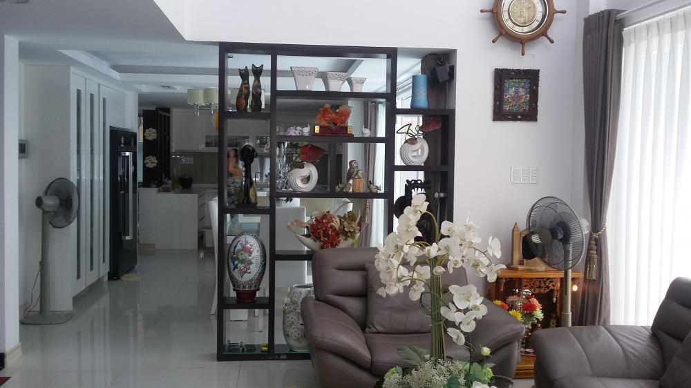 Bán nhà Mặt Tiền đường Trần Thủ Độ Quận Tân Phú 06