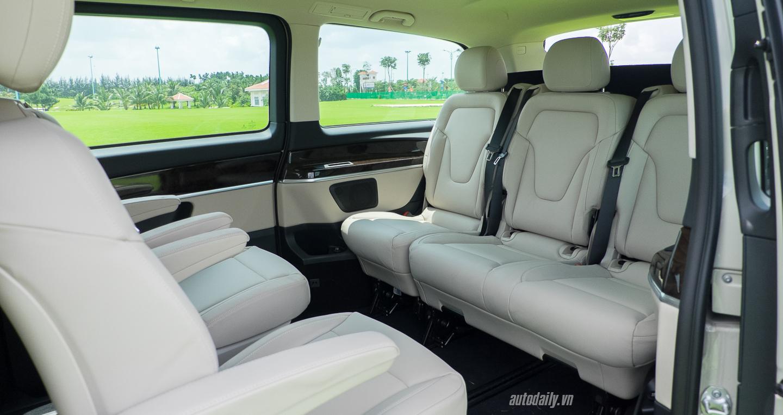 Nội thất xe Mercedes Benz V250 Avantgarde Máy Xăng màu trắng 011