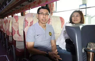 HLV Tan Cheng Hoe và vợ đến Hà Nội.
