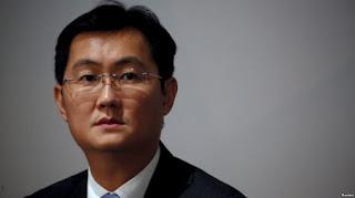 Chủ tịch Tencent Mã Hóa Đằng cũng chịu ảnh hưởng nặng trong chiến tranh thương mại Mỹ – Trung, đứng thứ hai so với ông Vượng Kiệm Lâm, tài sản sụt giảm 9,2 tỷ đô la Mỹ.