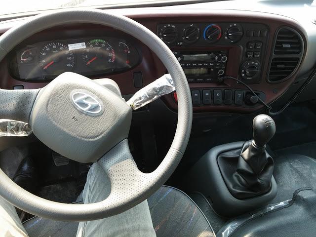 Taplo, offtion xe khách 29 chỗ county Hyundai