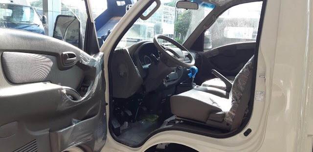 Cửa mở xe Hyundai 1,5 tấn thành công