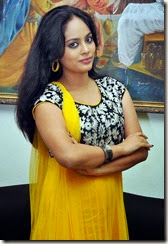 Nanditha-cute-in-yellow-dress