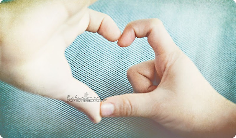 Finger-heart-(1)