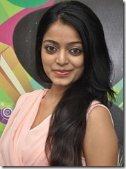 Paagan Actress Janani Iyer New Hot Pics