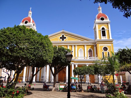 04. Biserica in Granada, Nicaragua.JPG