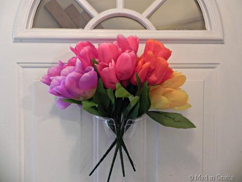 arrange tulips in gradient color