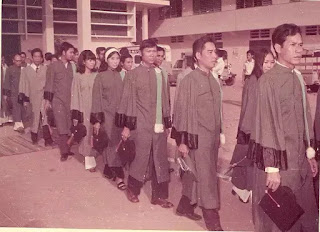 Sinh viên Vạn Hạnh trong lễ cấp phát văn bằng