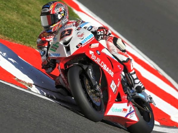 bsb-2014-brands-hatch-gp-race1-kiyonari.jpg