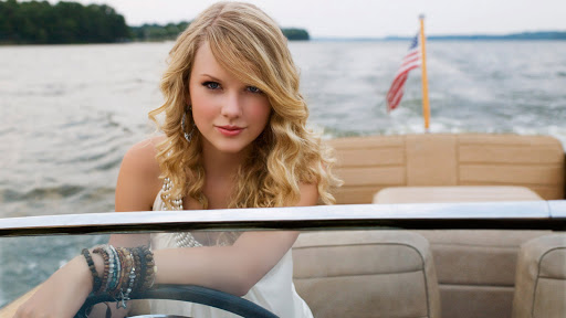 Taylor Swift in the Car