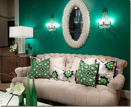 Elegant-Living-Room-In-Emerald-Gree