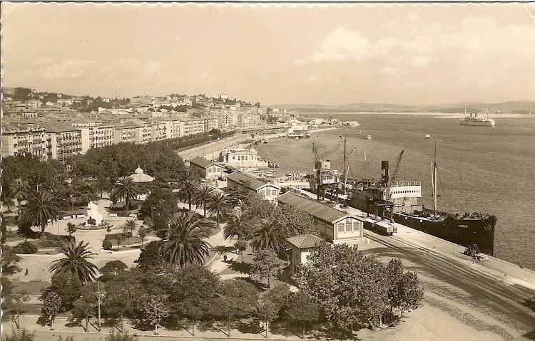 Imagen del UROLA en el puerto de Santander. Archivo de Manuel Rodriguez Aguilar.jpg