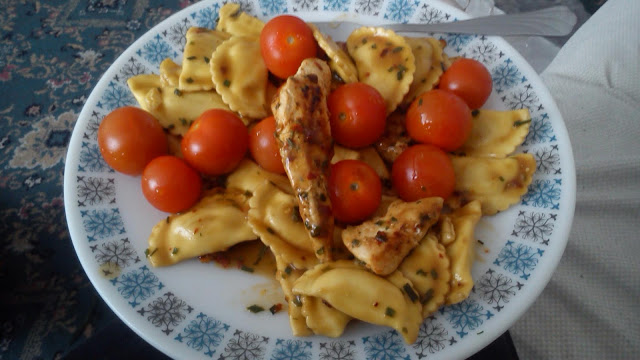 Grilled chicken and 4 cheese ravioli