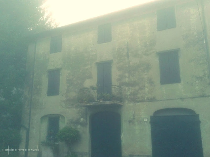 casa nebbia