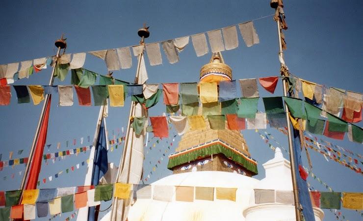 Obiective turistice Nepal: good bye, stupa.jpg