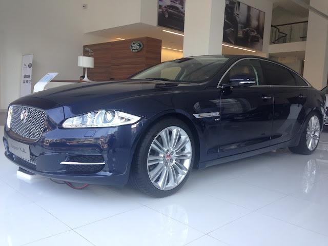 Xe Jaguar XJL Premium Luxury LWB 02