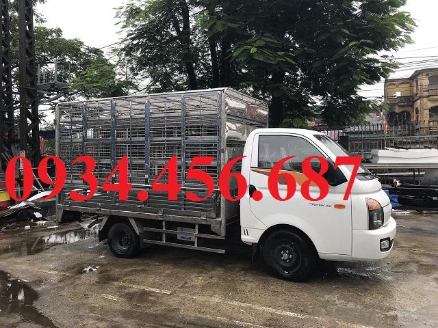 Hyundai H150 thùng chở gia cầm tải trọng 1.5 tấn