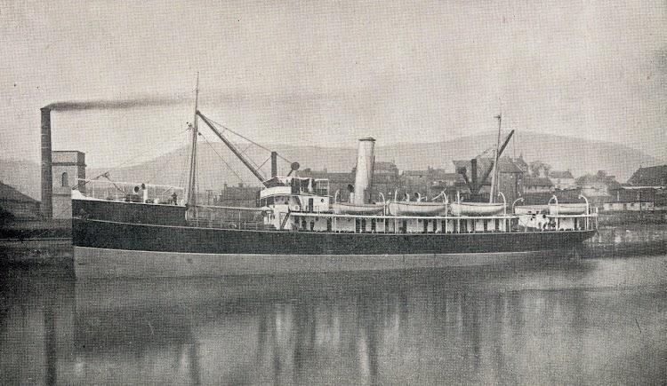 El transporte ALMIRANTE LOBO con sus colores originales. De la revista Vida Maritima. Año VIII. Num.263 de 20 de Abril de 1909.JPG