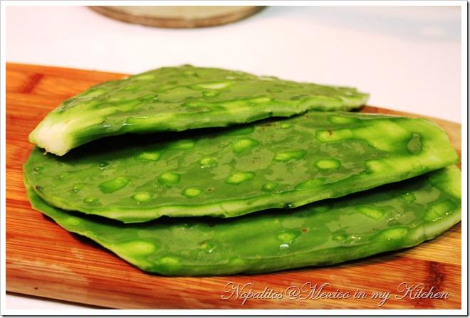 grilled cactus - Nopales asados 1