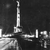 Siegessäule bei Nacht Berlin vor 1945