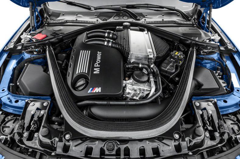 Xe BMW M4 Convertible 09