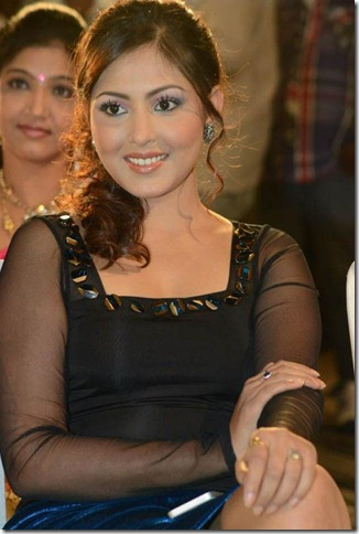madhu_shalini_new_exclusive_photo