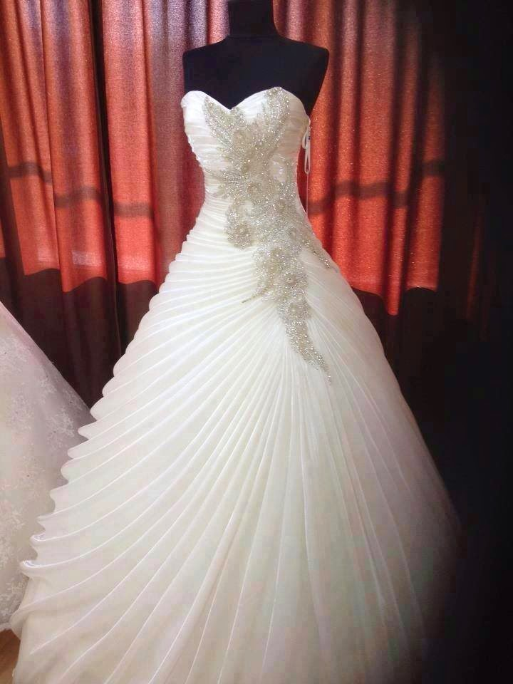 f0b75a88e فساتين زفاف رائعة 2015 ، اجمل فساتين زواج مصرية 2015 ، صور فساتين عرس  imgf5f699ad423794e87f21ff2f9bd9087a.