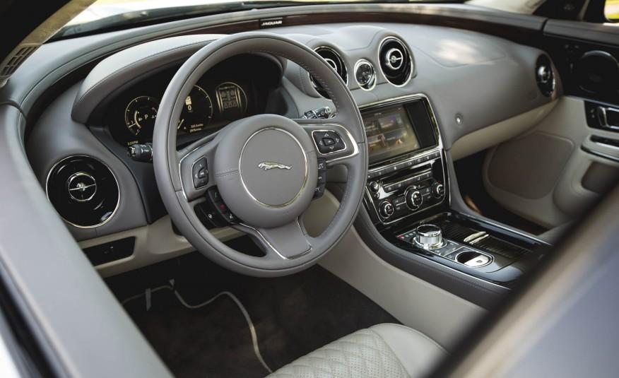 Nội thất Xe Jaguar XJ Thế Hệ Mới 06