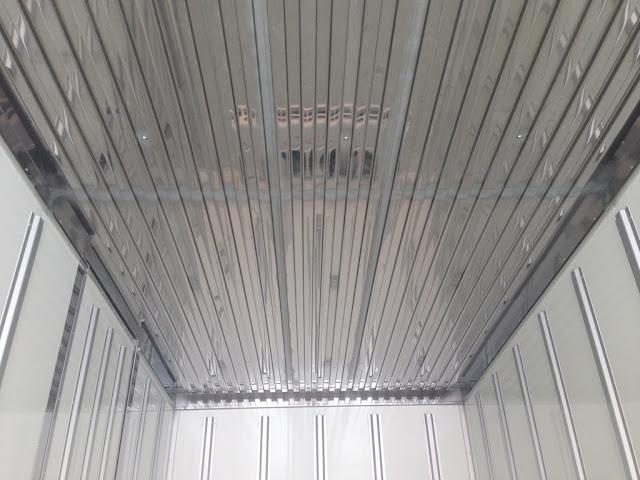 Sàn thùng xe đông lạnh 2,5 tấn