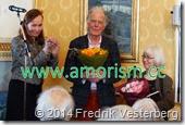DSC04531.JPG Karin Sidén tackar konstnärerna skulptör och målare Staffan Nihlén textilkonstnär Rigmor Grönjord. Waldemarsudde 2014 med amorism