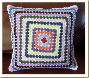 Mosaic cushion 2 RED