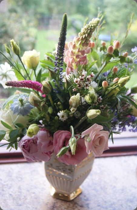 255166_219003438123757_6493707_n  nadia di tullio flowers