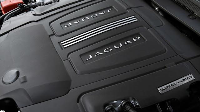 Động cơ Xe Jaguar XE phiên bản 2017-012