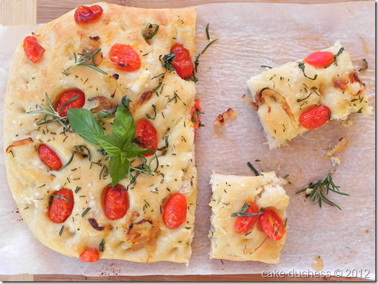 caramelized-onion-cherry-tomato-focaccia-2