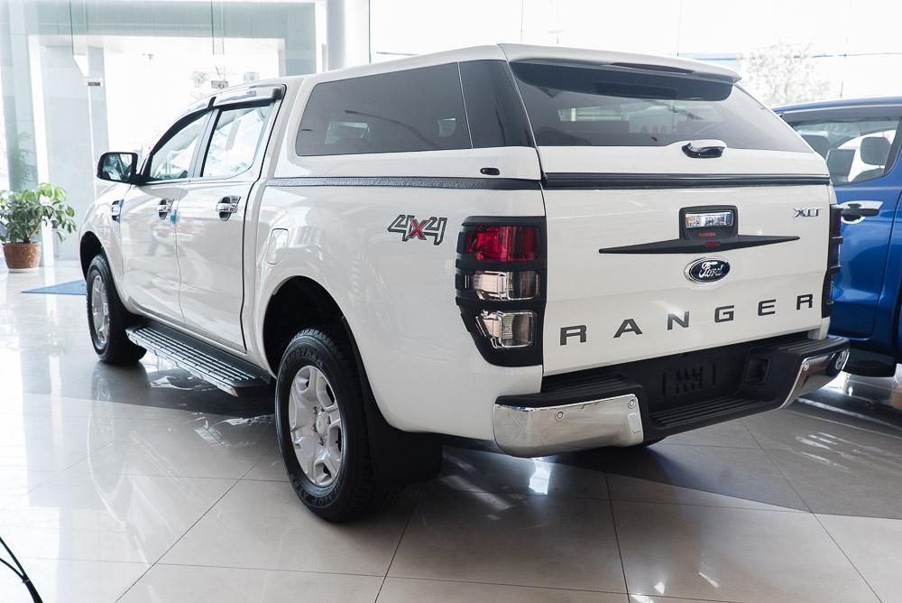 Xe Bán Tải Ford Ranger Hoàn Toàn Mới màu trắng 08