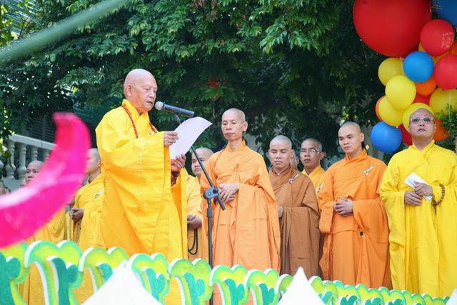 IMG 1753 Đại lễ Phật đản PL 2557 tại Tu viện Quảng Hương Già Lam