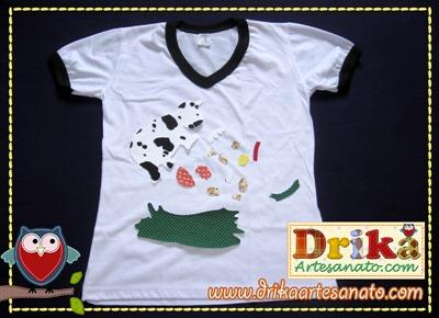 Camiseta com vaquinha em patch aplique Drika Artesanato