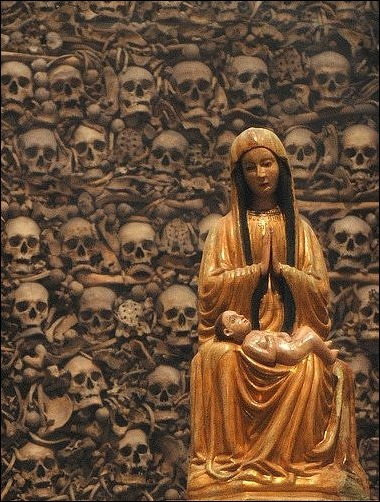 skull-cathedral-otranto-02